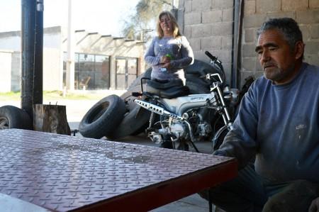 Con ayuda minera, una familia vallista provee a grandes transportistas
