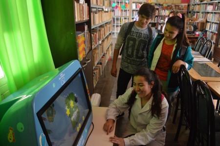 """La biblioteca del Sarmiento """"perdedor"""" que es un éxito en Valle Fértil"""