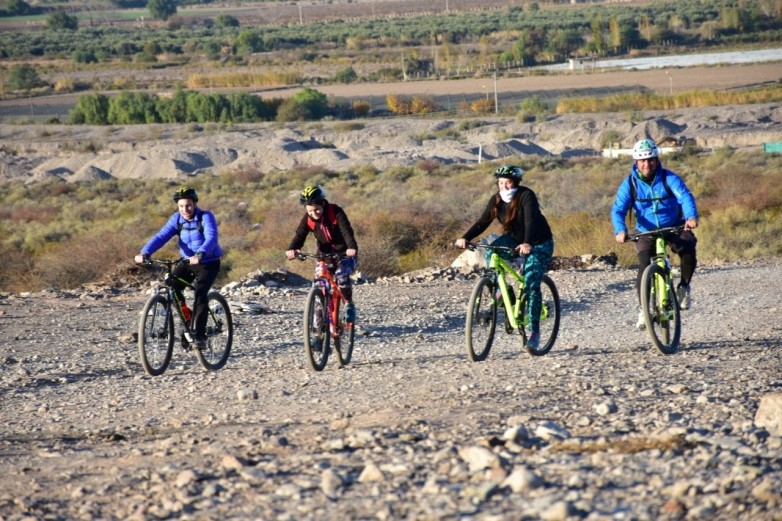 """Un recorrido """"a pedal"""" por las rutas del Vino y del Olivo de la mano del Emprendor Turístico"""