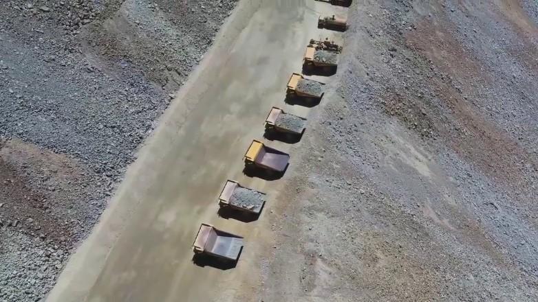 Con el doble de camiones, comenzó la Fase II en escombrera Cerro Amarillo