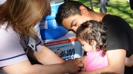 Vacuná a tus hijos contra el sarampión para evitar consecuencias irreversibles