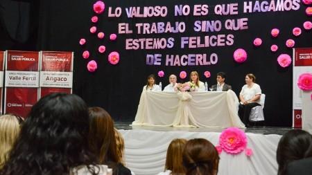 Festejo por el Día de la Sanidad Provincial y cambio de cuerpo de banderas en la Zona Sanitaria II. Fotos: Facundo Quiroga