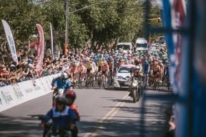 Sergio Uñac dio el banderazo: comenzó la segunda etapa de la 37º Vuelta a San Juan Internacional