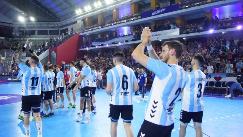 Enorme victoria de los Gladiadores en el inicio del Torneo Cuatro Naciones