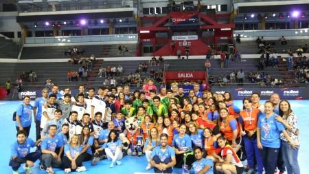 Colegio Andacollo en damas y Escuela Pulenta en varones, campeones en handball