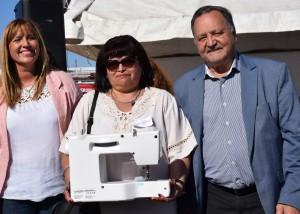 El ministro Sánchez entregó maquinaria e inauguró cuatro talleres comunitarios
