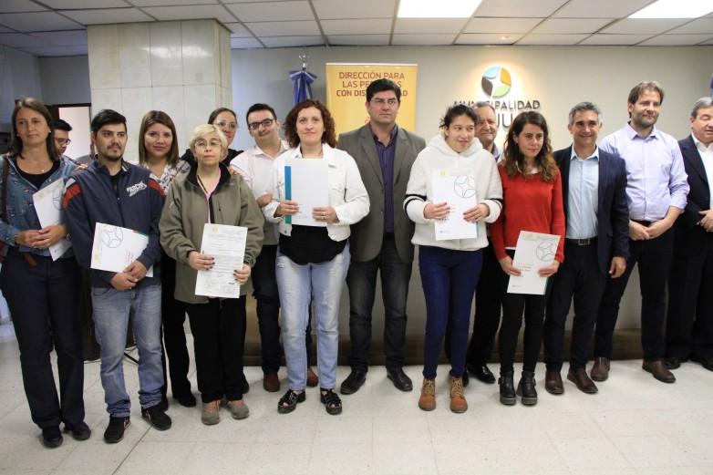 Entregaron Certificados Únicos de Discapacidad a beneficiarios de Capital