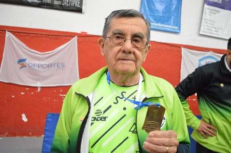 Jorge Flores, medalla de oro en el deporte y en la vida