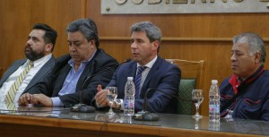 """Presentaron el documental """"Los Ladrilleros"""" ante el gobernador Uñac"""