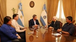 Uñac recibió la visita de monseñor Jorge Lozano