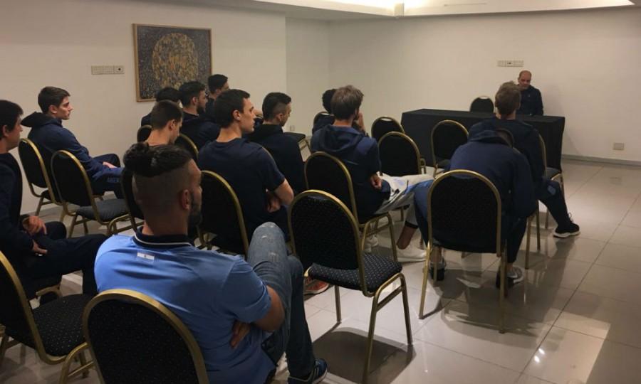 La Selección Argentina de básquetbol comenzó los entrenamientos para jugar en San Juan
