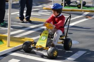Con una pista en la Plaza del Bicentenario los niños aprenden sobre seguridad vial