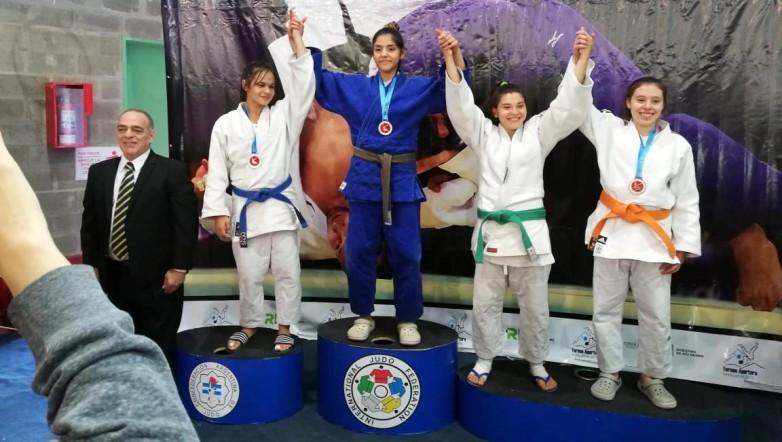 Ornella Gervasoni entrena con la selección argentina de Judo