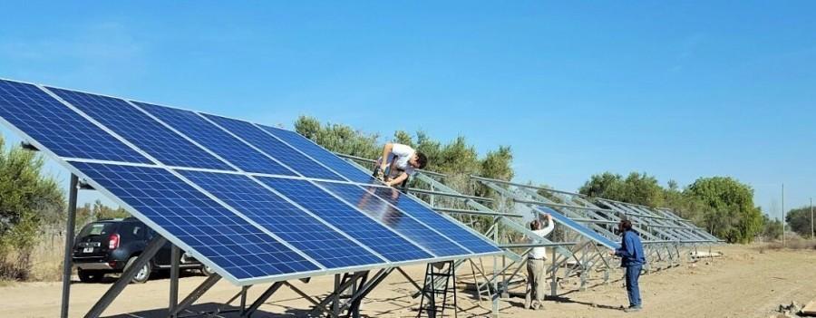 Paneles fotovoltaicos aplicados al riego agrícola