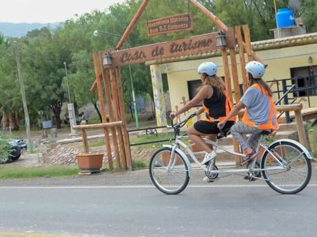 El emprendedor turístico que propone pedalear y disfrutar de Zonda