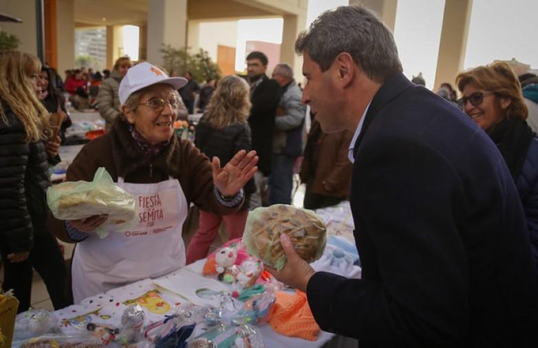 """Uñac en la Feria de Talleres: """"El camino es el esfuerzo y el Estado debe acompañar"""""""