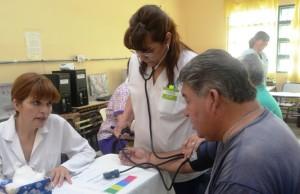 Más de 250 personas realizaron el circuito de salud en la EPET Nº1 de Jáchal. Fotos: Facundo Quiroga