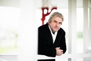 El reconocido pianista Barry Douglas ofrecerá una clase magistral gratuita
