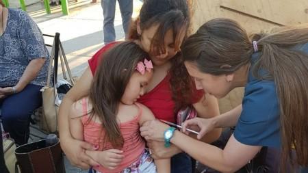 Se vacunó contra el sarampión y rubéola a los niños de Caucete