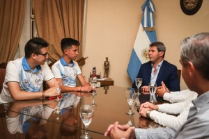 Tobías Martínez y Roman Herrmann agradecieron al gobernador el apoyo oficial