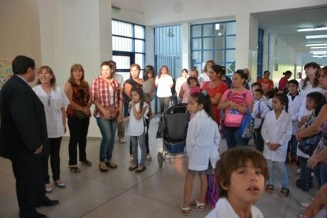 El Ministro de Educación visitó Escuela en Pocito.