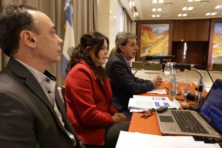 Presentan ante intendentes el Proyecto de Ley de Responsabilidad Fiscal Municipal