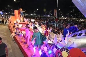 El Carrusel deslumbró en la noche de estreno del Corsódromo del Costanera Complejo Ferial