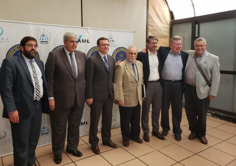 """Hensel expuso en el debate nacional """"La importancia de la minería en Argentina"""""""