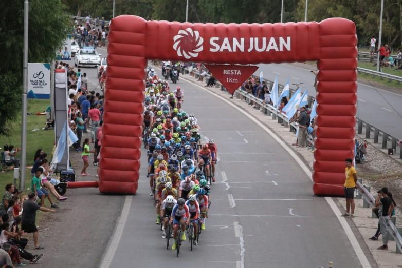 Los turistas dejaron más de 100 millones de pesos durante la Vuelta a San Juan