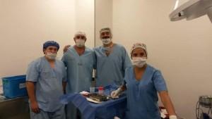Equipo quirúrgico de Odontología que trabaja a gran demanda en el hospital de Pocito.