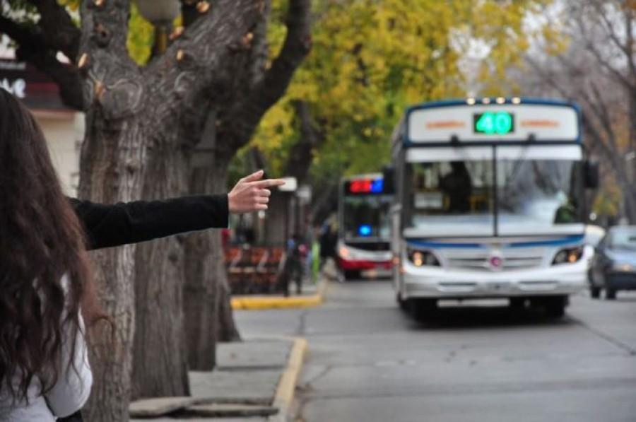 Por la FNS, extienden el horario del transporte público