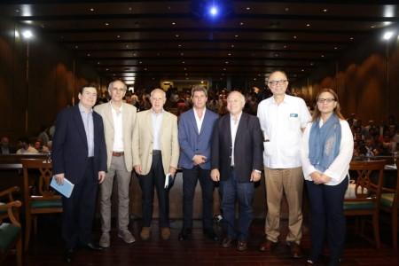 Uñac y Lavagna analizaron claves para impulsar el desarrollo sostenible de Argentina