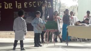 Con anécdotas y una canción al maestro rural, estudiantes homenajearon a Sarmiento