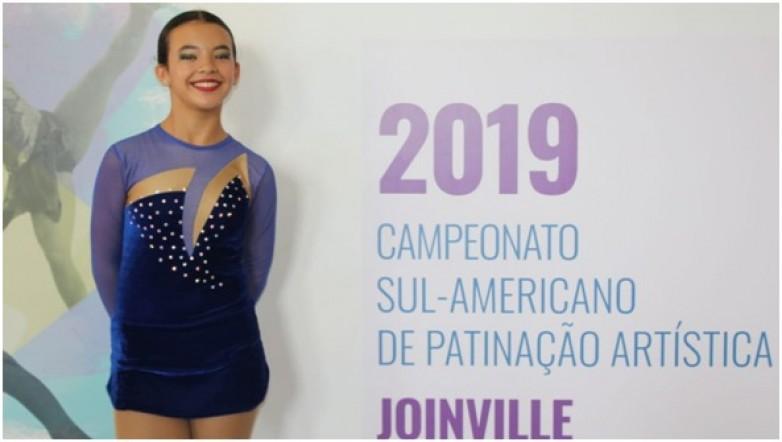 Delfina Álvarez: la pequeña que brilla arriba de sus patines