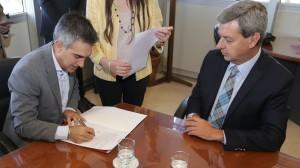 Gobierno y Capital firmaron un convenio para implementar la Firma Digital