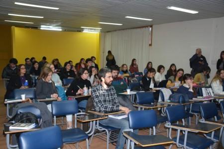 Realizan charlas para potenciar el desarrollo profesional de estudiantes y egresados de Arquitectura