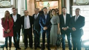 El gobernador se sumó a las celebraciones por el centenario del club Sirio Libanés