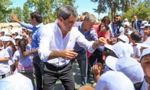 Uñac visitó las Colonias de Verano en Santa Lucía