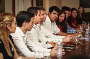 Jóvenes de la Cámara Junior presentaron proyectos al gobernador Uñac