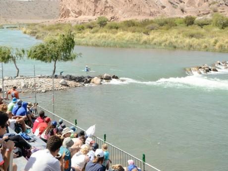 En vivo y en directo, los sanjuaninos comenzaron a disfrutar del Kayak
