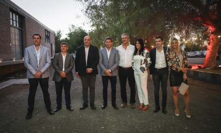 El gobernador Uñac en un brindis con dirigentes de la Federación Económica por el fin de año
