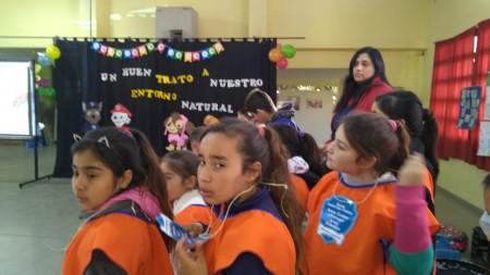 """Jornada de """"Buen Trato Animal"""" en la Escuela Rosario Vera Peñaloza"""