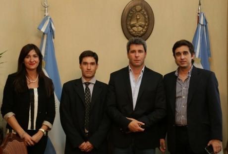 Nuevas autoridades del Registro Civil de San Juan visitaron al gobernador