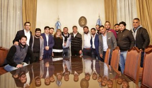 San Juan recibió a dirigentes políticos y sociales del país
