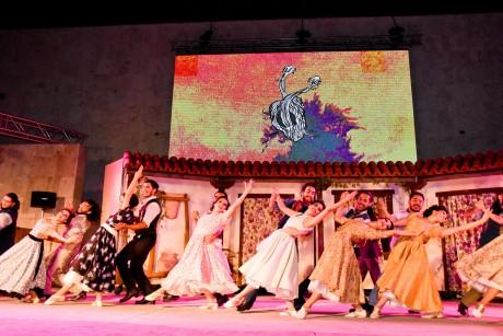 La noche de San Juan en Cosquín se presentó en el Anfiteatro