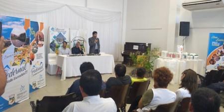 El Ministerio de Producción entregó material verde a instituciones y productores de Sarmiento
