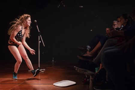 La Ilusionista, el espectáculo performático con una única función