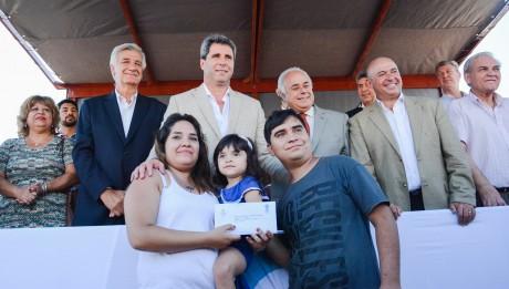 Entregaron 114 viviendas a nuevos adjudicatarios del Barrio Grande