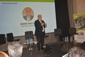 La sinergia entre el sector empresarial y el público, eje de la disertación del ministro Díaz Cano